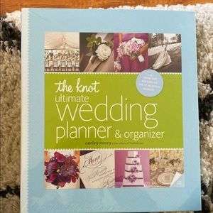 The knot wedding planning book